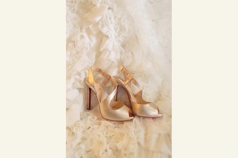 Perkins Chapel Rosewood Cresent Hotel Wedding Photos 03