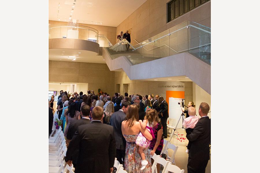 Dallas Museum Of Art Wedding Photos 08