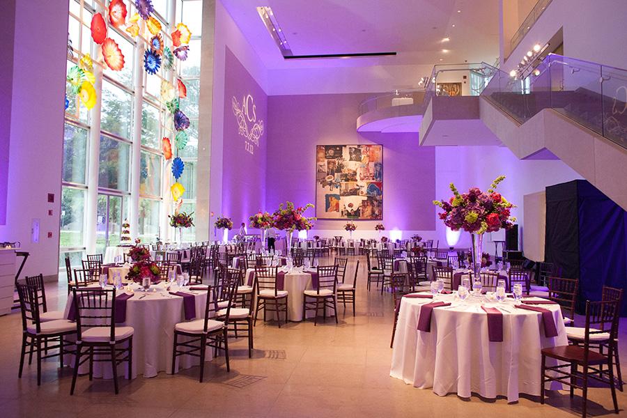 Dallas Museum Of Art Wedding Photos 14