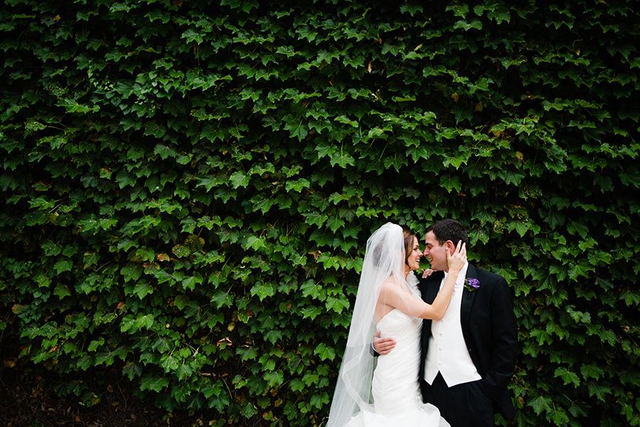 Dallas Museum Of Art Wedding Photos 17
