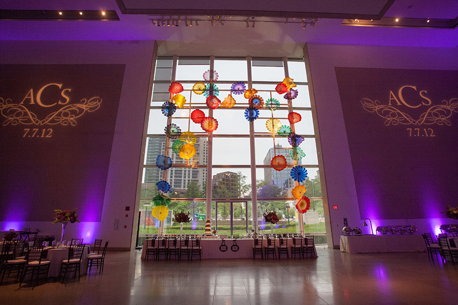 Dallas Museum Of Art Wedding Photos 18